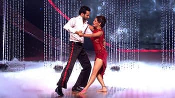 Watch Nach Baliye 7 Clip - Rashami, Nandish\'s perfect act Online ...